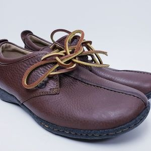 Born Womens Brown Pebbled Leather Oxford Shoe